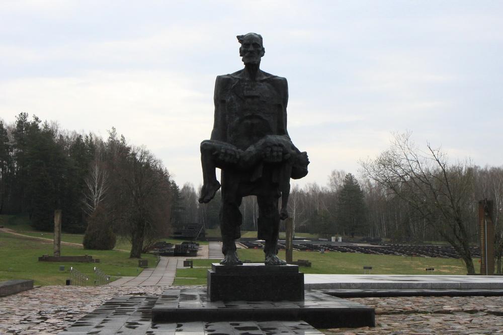 Хатынь, белорусская деревня, сожженная фашистами