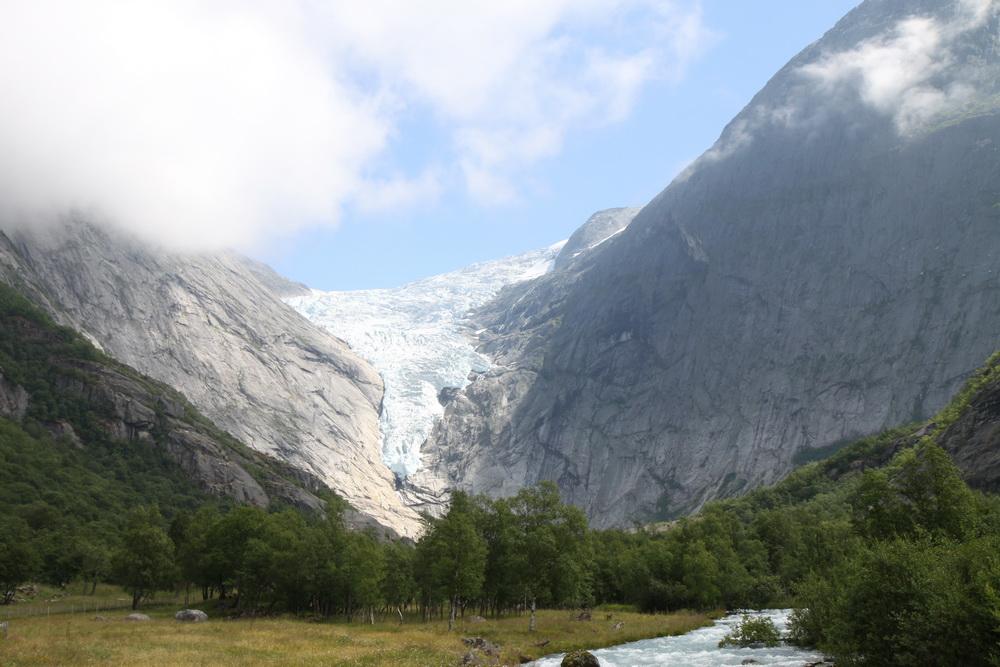 Норвегия. Norway. Ледник Бриксдайл (Briksdalsbreen)